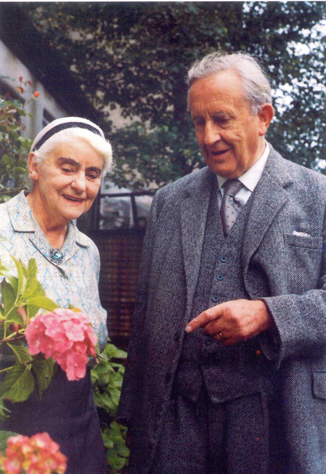 J R R  Tolkien was a romantic   J.r.r. Tolkien Wife
